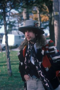 Dylan, coat, hat, whaaat