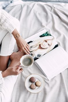 career books / motivational podcasts // podcasts // girl boss / motivation // self development // work // career Tumblr Fotos Instagram, Future Life, Viva Luxury, Work Success, Motivation Success, Branding, Startup, Girl Reading, Mood