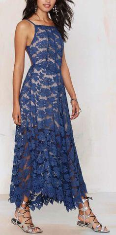 Lace Dress ==