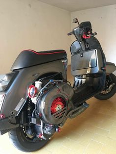 Retro Scooter, Moped Scooter, Vespa Scooters, Lml Vespa, Vespa Tuning, Vespa Px 200, Custom Vespa, Custom Bikes, Vespa Smallframe