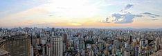 SÃO PAULO-SP, BRASIL. São Paulo é a sétima cidade mais populosa do mundo, atrás apenas de Xangai (China), Lagos (Nigéria), Karachi (Paquistão), Istambul (Turquia), Mumbai (Índia) e Moscou (Rússia). De acordo com o último censo realizado, a cidade atualmente abriga 12,04 milhões de habitantes. É o maior centro financeiro da América Latina e um importante centro cultural e artístico. Carinhosamente chamada de SAMPA ou Terra da Garoa.