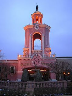The Disneyland of Mexican restaurants! Casa Bonita was made infamous for non-Colorado natives by a episode of South Park. The food is terrible, but who could pass up cliff divers, mariachi bands and bottomless sopaipilla?