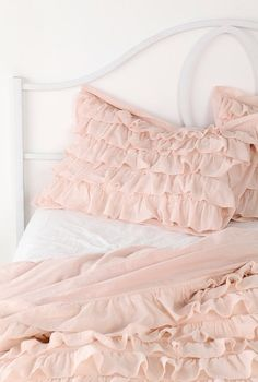 Pretty pastel frilled bed-set
