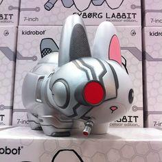 First Look: San Diego Comic-Con 2012 Exclusive Cyborg Labbit by Chuckboy
