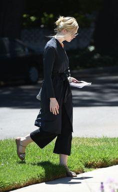 #Elle, #ElleFanning Elle Fanning - Goes to a Friend's House in LA 06/14/2017 | Celebrity Uncensored! Read more: http://celxxx.com/2017/06/elle-fanning-goes-to-a-friends-house-in-la-06142017/