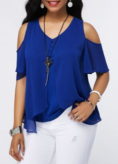 V Neck Royal Blue Chiffon Overlay Blouse Cheap Womens Tops, Trendy Tops For Women, Blouse Styles, Blouse Designs, Modest Fashion, Fashion Outfits, Womens Fashion, Plus Size Blouses, Mode Style