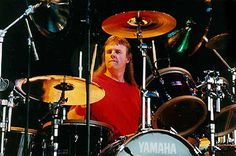 Phil Ehart (Kansas) born in Coffeyville, KS Progressive Rock, Drum Kits, Hit Songs, Drummers, Rock Bands, Kansas, Shells, Pocket