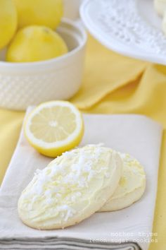 Lemon Sugar Cookies with Lemon Buttercream Frosting. I didnt get my recipe from this,but I have made these kind of cookies before and everyone loves them. Such a fancy lil addition to a candy/dessert buffet Lemon Desserts, Lemon Recipes, Köstliche Desserts, Sweet Recipes, Dessert Recipes, Dessert Healthy, Top Recipes, Recipies, Dinner Recipes