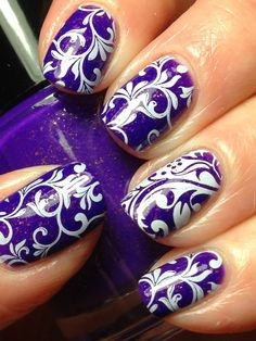 Purple & White Paisley Nails ❤