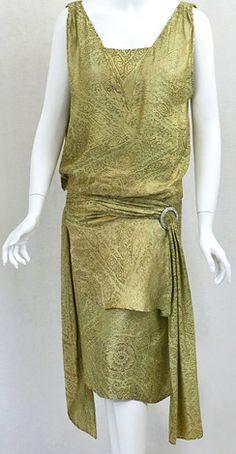 Art Déco - Robes de Soirée 'Glamour' - Soie, Dentelle, Tulle, Broderies, Perles, Sequins ... Années 20