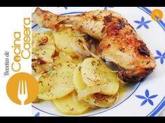 http://www.cocina-casera.com/2014/12/pollo-horno-limon-facil.html Pollo al horno al limón casero. Receta y Vídeo: Vídeo Receta fácil con la que elaborar un s...