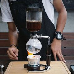 Light her up Mid brew on the Hario Coffee Syphon fun brewing! Shop Hario @alternativebrewing Link in Bio Same Day Dispatch | by @thecoffeenatics