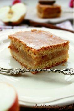 Babcina szarlotka - najlepsza - apple pie - the best Polish Desserts, Polish Recipes, No Bake Desserts, Polish Food, Apple Recipes, Sweet Recipes, Cake Recipes, Dessert Recipes, Mug Cakes