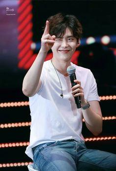 Lee jong suk is a charming boy with a charming look Lee Jong Suk Cute, Lee Jung Suk, Kang Chul, Hyun Suk, Song Joong, Joong Ki, Asian Actors, Korean Actors, Jun Matsumoto