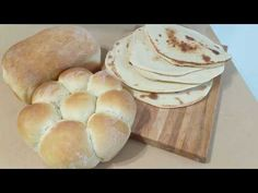 This vegan bread machine dough recipe allows you versatility and time. You can get great tasting breads with only a few minutes work on your part. Vegan Bread, Pita Bread, Quick Vegan Meals, Vegan Recipes, Vegan Ground Beef, Plant Based Burgers, Sushi Chef, Vegan Sushi, Vegan News