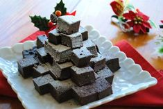 今日も「ホットケーキミックス×炊飯器」レシピ  「超簡単!濃厚ガトーショコラ」  ケーキ作りが苦手な方でも とっても簡単にできちゃいます 混ぜて、炊飯器に入れるだけ  今回は、クリスマスバージョンにしましたが、バレンタインにもいいですよ  クリスマスの食卓に いかがですか~ ...