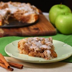 Fall has been taken over by the Pumpkin Spice phenomenon. It's time to bring back the old go-to ingredient for all the recipes that were everyone's favorite: APPLES! Apple pies, apple crisps, apple cobblers, are always a hit, but now we bring you: Deep Dish Apple Pizza! This tasty treat is sweet and...