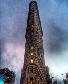 The past does not equal the future #NYC #TheFlatIronBuilding #TonyRobbins