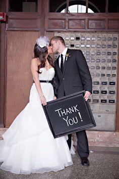 good idea to send out thank you cards after the wedding with this pic idea