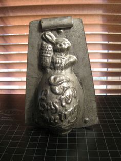Vintage Antique Chocolate Mold Mould of Bunny Rabbit on Egg with Easter Greeting