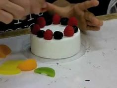Fake Food Japan - 食品サンプル How to Make Plastic Food? Behind the Scenes Part 1 - YouTube - Kids and adults making their own fake food - Wow!!