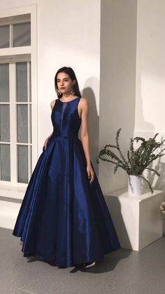 Navy Blue Long Prom Dresses Evening Dresses Source by SaraSaveria long dress Best Formal Dresses, Elegant Dresses, Classic Dresses, Pretty Dresses, Casual Dresses, Royal Blue Prom Dresses, Homecoming Dresses, Navy Blue Gown, Navy Dress