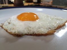 The perfectly fried egg🍳 Easy Meals, Eggs, Breakfast, Food, Morning Coffee, Meal, Egg, Essen, Hoods