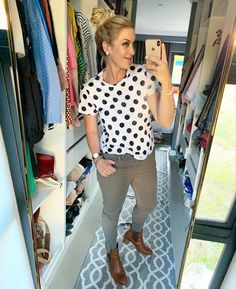 Polkadots!!!! / #lookoftheday #polkadots #fashion #imageconsultant #personalstylist #doityourself #styling Post Pregnancy Clothes, Pre Pregnancy, Pregnancy Outfits, Work Wardrobe, Personal Stylist, Winter Fashion, Capri Pants, Stylists, Polka Dots