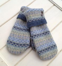 Women's Blue Green and Cream Lambswool Sweater Mittens Size Small with Designed Cuff Pearlized Buttons Gray Fleece Lining Ready to Ship by SewforYou on Etsy