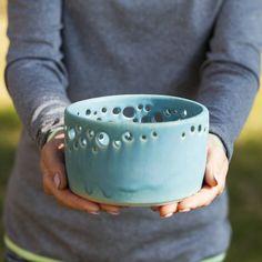 Decorative ceramic bowl with pierced rim Ceramic fruit bowl