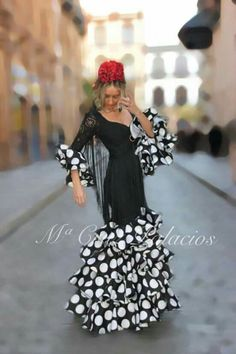 Flamenco Party, Flamenco Costume, Flamenco Dresses, Spanish Costume, Flamingo Dress, Spanish Dancer, Gypsy Women, Valentines Day Weddings, Mexican Dresses