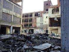 Detroit ruin: Packard Motors Plant Detroit Ruins, Abandoned Detroit, Old Buildings, Abandoned Buildings, Abandoned Places, Broken City, The Mitten State, Rust Belt, Spooky Places