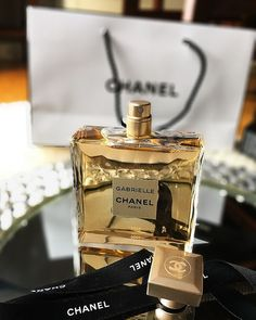 Gabrielle by Chanel. Shop niche perfumery samples at Fimaron. Search your favorite parfums in our niche collection. Perfume Chanel, Chanel Makeup, Best Perfume, Couture Perfume, Pink Perfume, Chanel Beauty, Aftershave, Perfume Scents, Beauty Products