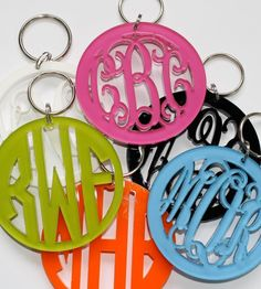 These adorable acrylic monogram keychains are so cute and make wonderful monogrammed gifts.Select your acrylic color and monogram style for the perfect accessory for the perfect girl. This is the Script monogram style shown. Monogram Keychain, Monogram Gifts, Personalized Gifts, Monogram Initials, Monogram Cake, Letter Monogram, Circle Monogram, Monogram Decal, Acrylic Glassware