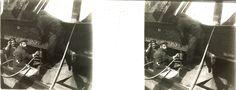 Operarios trabajando en los remaches de acero de un puente ferroviario. Colección Hume Hermanos.
