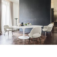 Saarinen High Tables With Lacquer Tops | Knoll