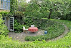 new ideas for sunken garden seating stairs Sunken Patio, Sunken Garden, Sloped Garden, Back Gardens, Small Gardens, Outdoor Gardens, Horticulture, Landscape Design, Garden Design