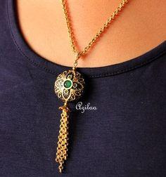 Lariate green designer handmade gold