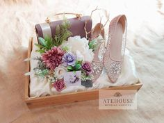 """23 Suka, 0 Komentar - SESERAHAN BANDUNG (@atehouse) di Instagram: """"Thank you for trusting us dear @yulindawuri & @andysptr Happy Engagement 🌼🌼 🌹 ATEHOUSE PRODUCT 🌹…"""""""