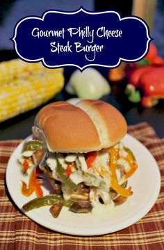 Are you looking for a different burger recipe? You will love this gourmet Philly Cheese Steak Burger Philly Cheese Steak Burger Recipe, Beef Burger Patty Recipe, Burger Meat, Beef Burgers, Veggie Burgers, Hot Dog Recipes, Fun Easy Recipes, Wrap Recipes, Hamburger Recipes