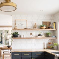 Pretty kitchen with fun features