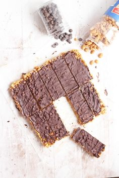 Nuts over Chocolate Bars --Peanut butter combined with krispies and chocolate to make delicious {Copycat Luna bars}  carmelmoments.com