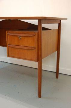 in stock: Teak desk by G Tibergaard for Mobilfabrik, #Danish #retro #desk