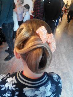 Зачіска (1)