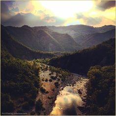"""""""Beauty belongs to this place""""  La #PicOfTheDay #turismoer di oggi ammira il #tramonto sulle anse del #Trebbia, nei pressi di #Bobbio. Complimenti e grazie a @doriszaccaria / Today's #PicOfTheDay #turismoer admires the #sunset over #Trebbia River, nearby #Bobbio. Congrats and thanks to @doriszaccaria"""