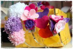 Vyrobte pro své malé parádnice krásné jarní čelenky. Rose, Flowers, Plants, Jewelry, Fimo, Pink, Jewlery, Jewerly, Schmuck