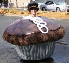 Top 10 Weirdest Food Halloween Costumes - cupcake