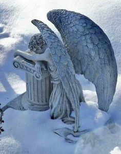 This is my favorite angel statue. Cemetery Angels, Cemetery Statues, Cemetery Art, Angels Among Us, Angels And Demons, Statue Ange, Old Cemeteries, Graveyards, Art Manga