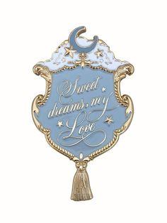Automatic Honey Sweet Dreams brooch (powder blue)