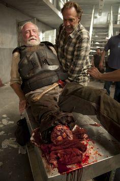 Behind the scenes with Herschel (The Walking Dead)